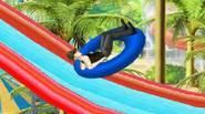Cuarta parte del divertido juego de carreras de acrobacias. Monta tu vehículo favorito en el parque acuático, golpea todo lo que puedas, realiza trucos funky y disfruta del […]