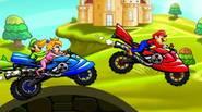 Compite contra otros personajes de Super Mario Bros en este juego de motocross. Recoge monedas de oro (¿sorpresa?) y sé el primero en la línea de meta. ¡Buena […]