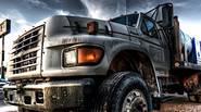 Disfrute de la conducción extrema en todo terreno, mientras se sienta al volante del enorme camión! Lleve la carga intacta a la línea de meta – ¡será multado […]